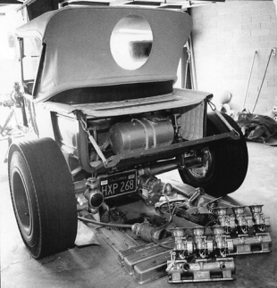 Tommy Ivo dragster
